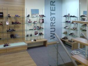 Innenausbau eines Schuhgeschäftes