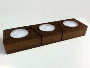 Teelichthalter aus Eiche dunkel Massivolz, geölt und mit Bienenwachs behandelt. Für drei Teelichter.