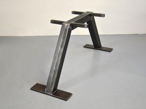Eisentischgestell Trapez-Form