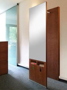 Garderobe Kirschbaum mit integriertem Prospektfach